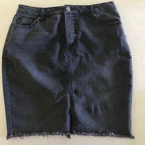 Black denim skirt - distressed style